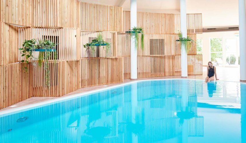Pool und Sauna im Hotel Whitman